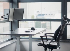 Spire Corp | Sit-stand desk product video